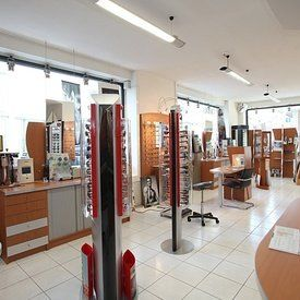 galerie-photos-magasin-vue-interieure-hakim-optique-geneve
